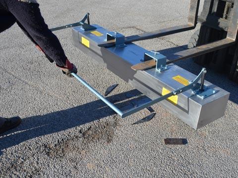 Greenwood Magnetics Easy Clean Forklift